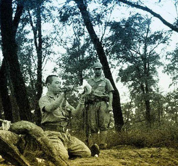sabre, wakisashi, gunto, mes armes blanches du Japon moderne,  - Page 2 Seppuk10