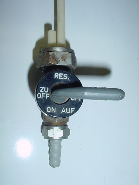 Substitute fuel pump Auf_zu10