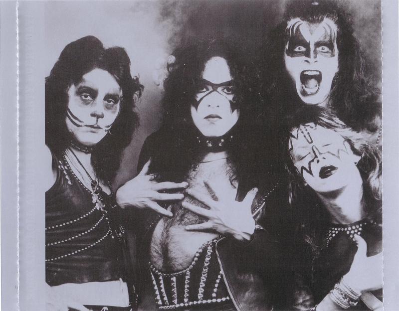 Kiss - 40 Years - Decades Of Decibels (2014) Kiss-420
