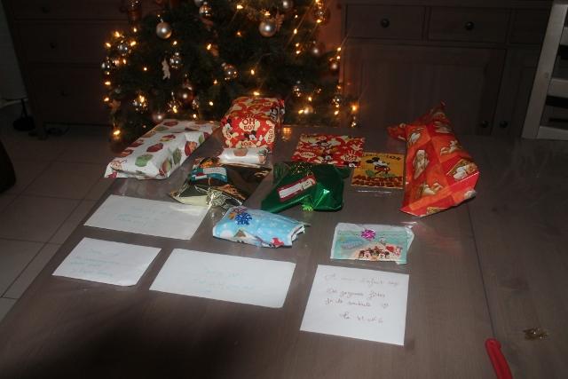 Père Noël Surprise 2014 - Page 6 310