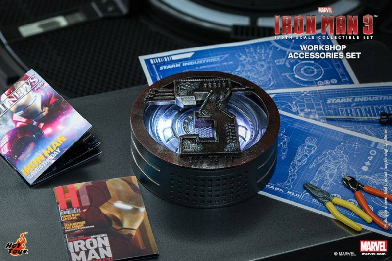 HOT TOYS - Iron Man 3 - Workshop Accessories Set 10485610