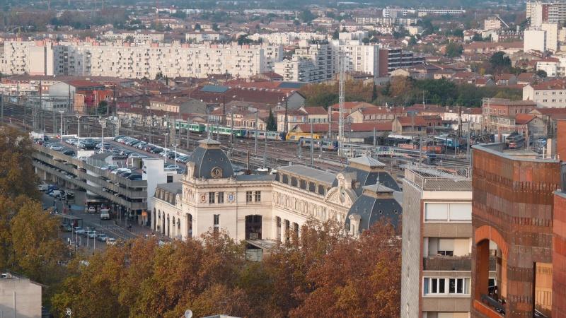 Pk 256,4 : Gare de Toulouse Matabiau (31) - Page 11 P1050111
