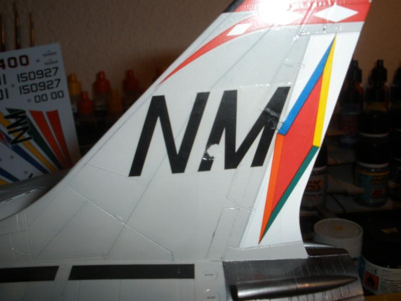 F-8E Crusader Hasegawa 1/48. - Page 2 Pc090313