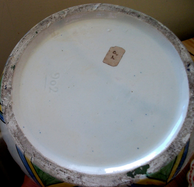 Italian/Spanish/Portuguese 6 Handled Vase; Savona/Deruta?  Dscf4513