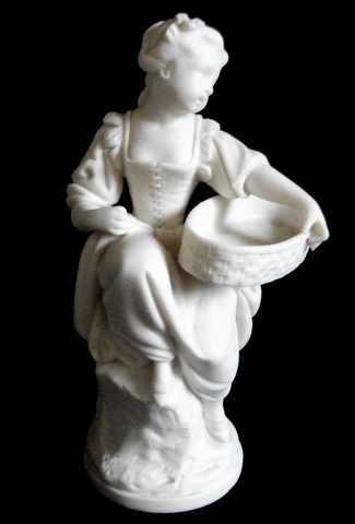 Bisque Porcelain Figurine Dscf4813