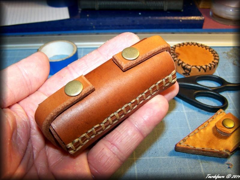 Accessoires en cuir pour le rasage - Page 2 Atui_p11