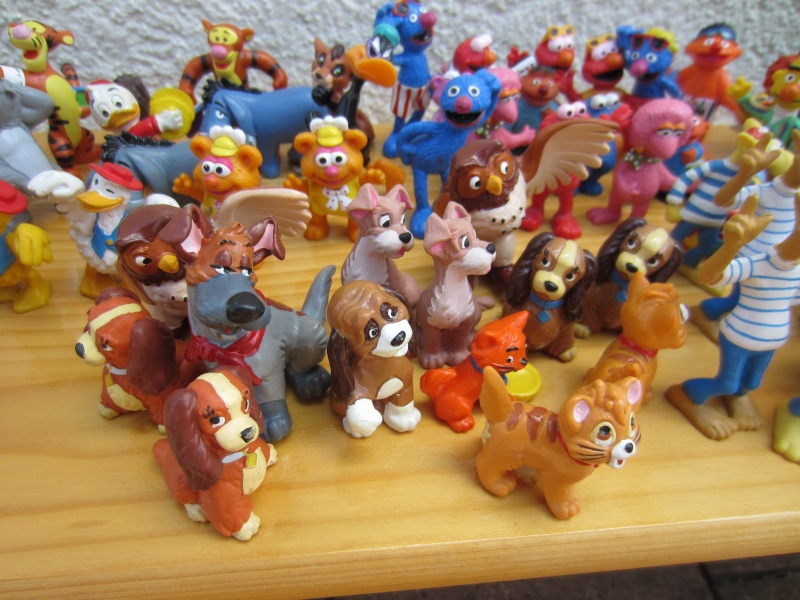 Surprise parcel with Comic figures from Bullyland Img_1016