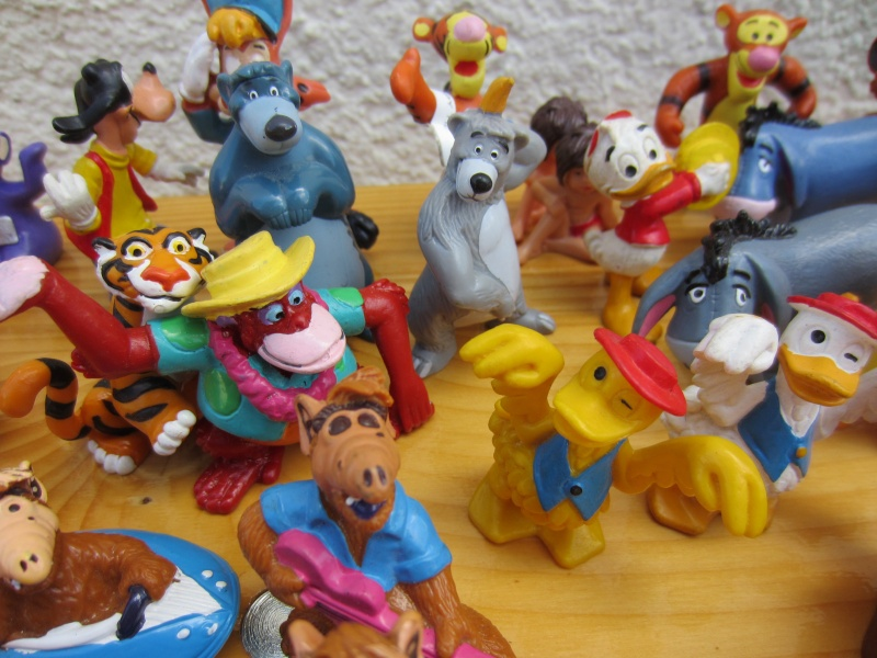 Surprise parcel with Comic figures from Bullyland Img_1019