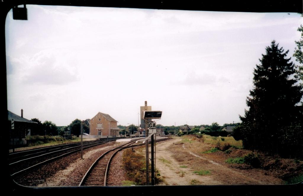 Pk 218,6 : Gare de Gièvres (41) Gievre10