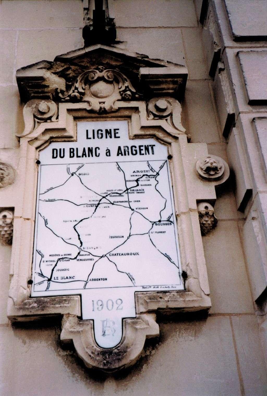 Pk 234,7 : Gare de Valençay (36) Valeny10
