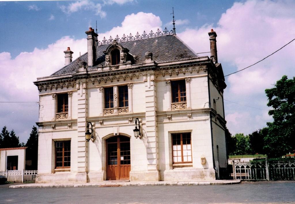 Pk 234,7 : Gare de Valençay (36) Valeny14