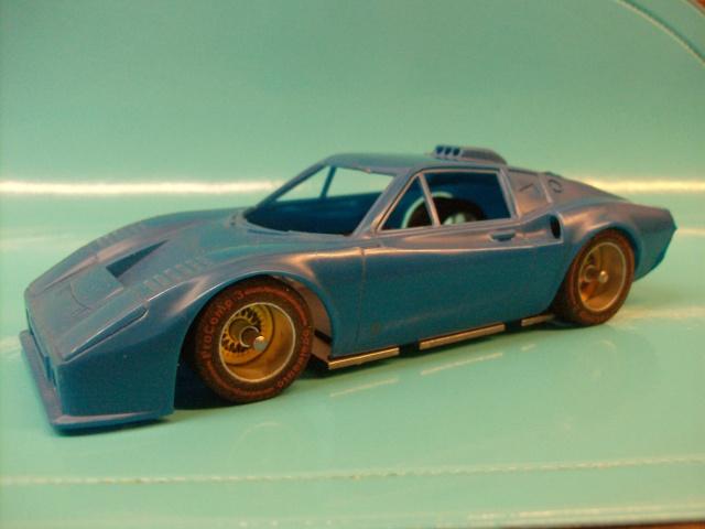 Kit Maquettes plastique 1/28 et 1/24 + chassis Hpim3122