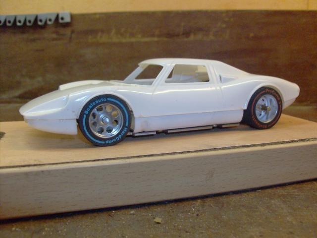 Kit Maquettes plastique 1/28 et 1/24 + chassis Hpim3125