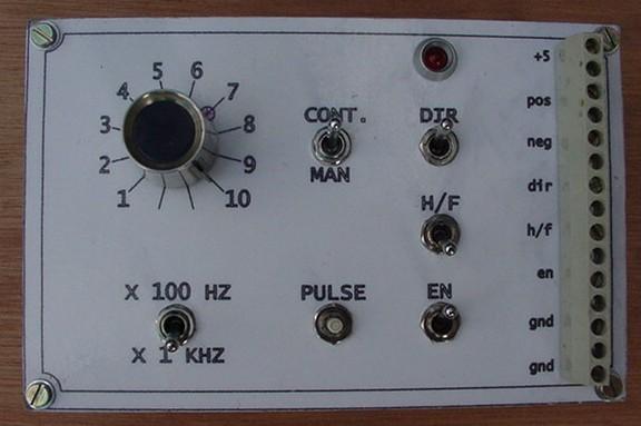 genérateur d' impulsions pour test de drivers de moteurs pas a pas Pulser12
