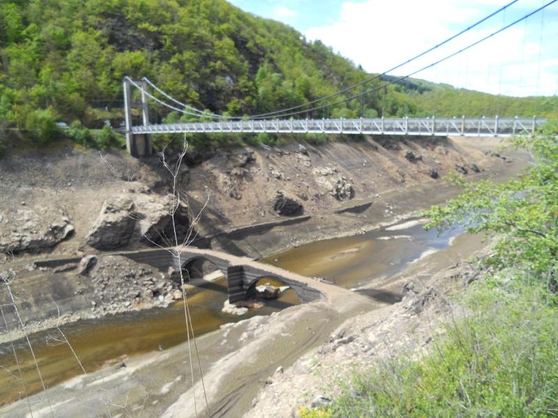 Barrage EDF de Sarrans : la vidange se prépare Dscn1716