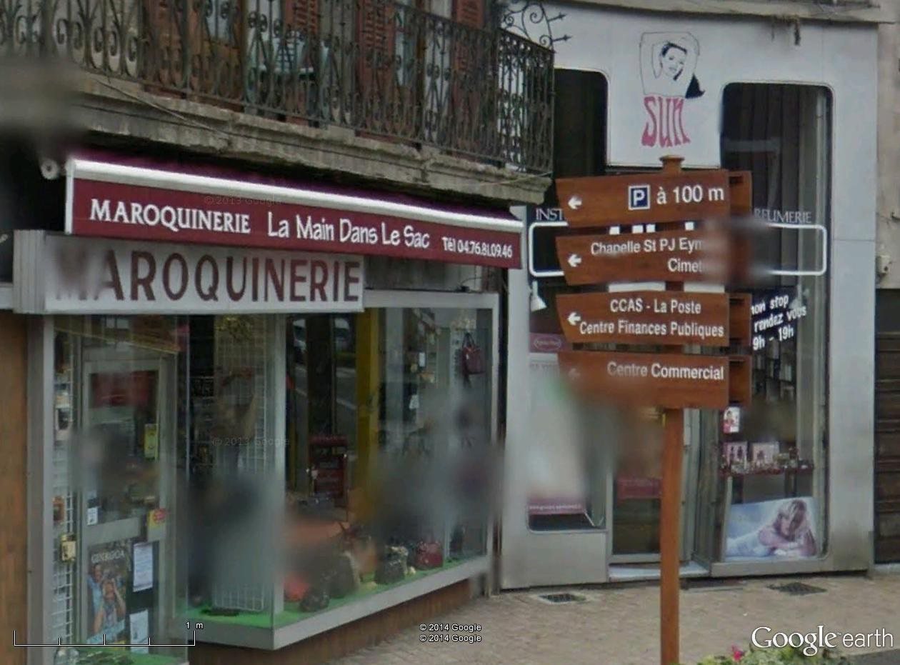 STREET VIEW : les façades de magasins (France) - Page 7 La_mai10