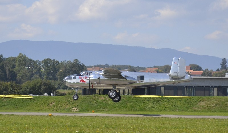 Meeting pour les 100 ans de l'aviation militaire Suisse à Payerne Amyric10