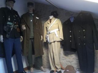 collection d'uniformes de famille 20140823