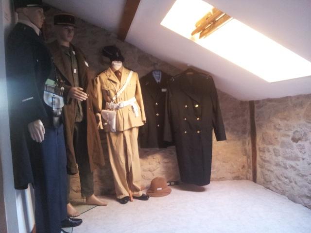 collection d'uniformes de famille 20140824