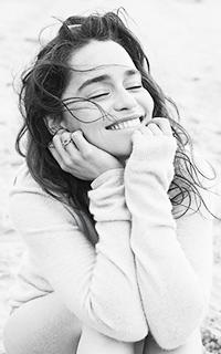 Emilia Clarke ▬ 200*320 2110