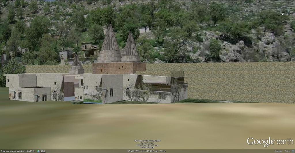 Lalesh, centre religieux du Yazidisme - Irak Tomb_o10