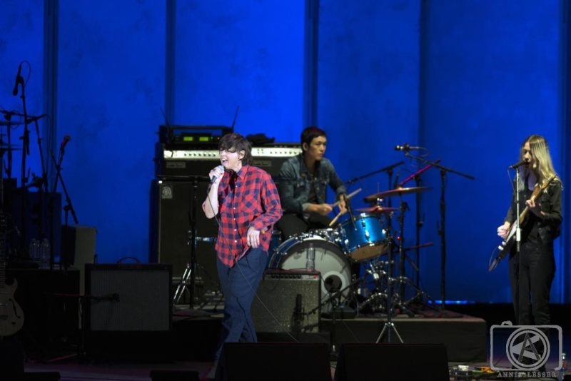 9/28/14 - Los Angeles, CA, Hollywood Bowl, ''KCRW's World Music Festival'' Cat-po14
