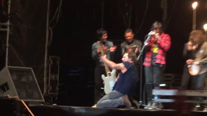 """7/18/14 - Sesimbra, Portugal, Herdade do Cabeço da Flauta, """"Super Bock Super Rock Festival"""" - Eddie Vedder Set Vlcsna15"""
