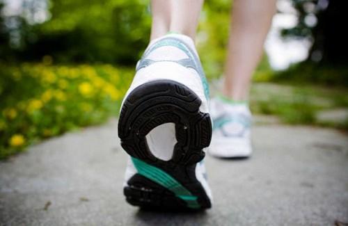 Les bénéfices de 30 minutes de marche par jour Marche10