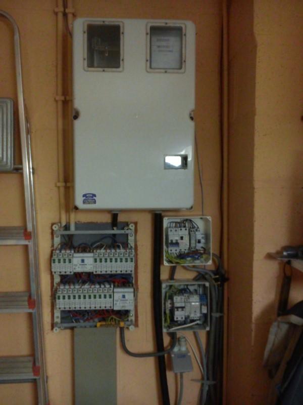 Raccordement élect. PAC pour asservissement filtration Escatop (RÉSOLU) - Page 2 Dsc_0010