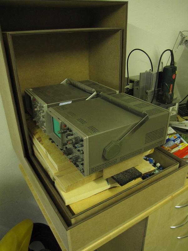 [Réalisation] Cabine insonorisée pour CNC... le sonomètre est de sortie Img_0476