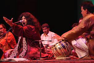 Musiques traditionnelles : Playlist - Page 9 Abidap10
