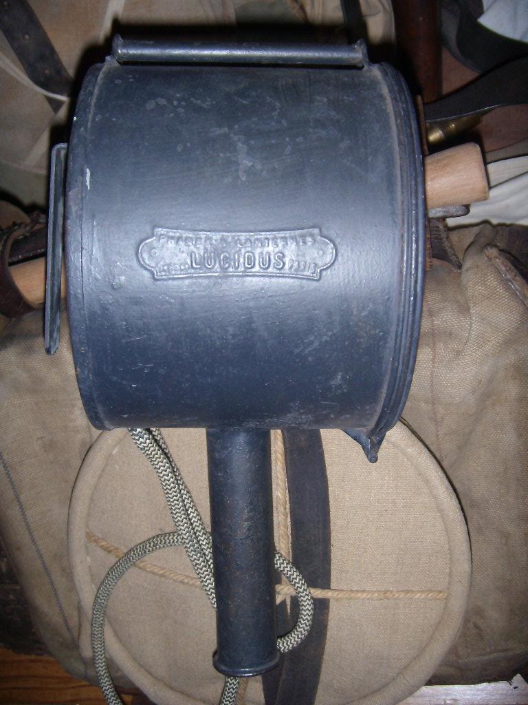 Projecteur de 14 cm type A (Suite : l'étui à batterie !) Dscn9821
