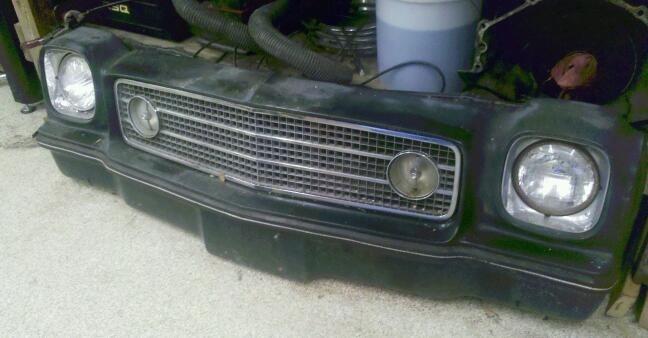 73 Laguna Front bumper/grill 73nose10