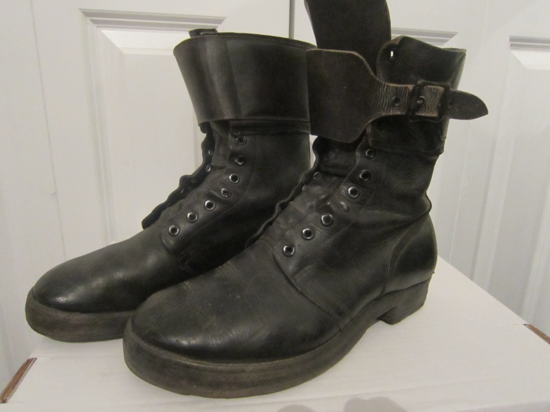 """Early Christmas """"Invasion"""" boots Img_3415"""