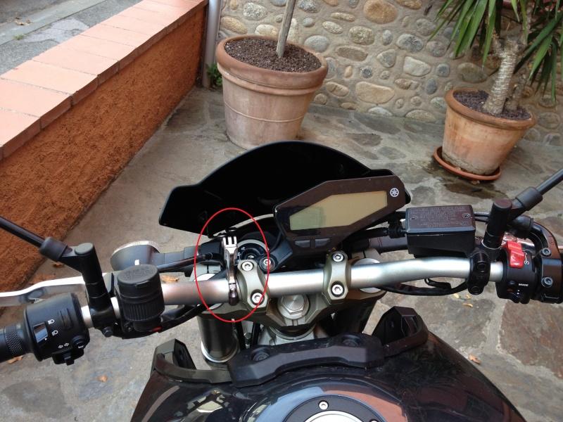support gopro sur moto Suppor10