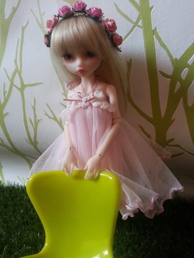 Blue eyes p.2 [Rhubarbe et Raspberry - Nobles Dolls] Emily_24