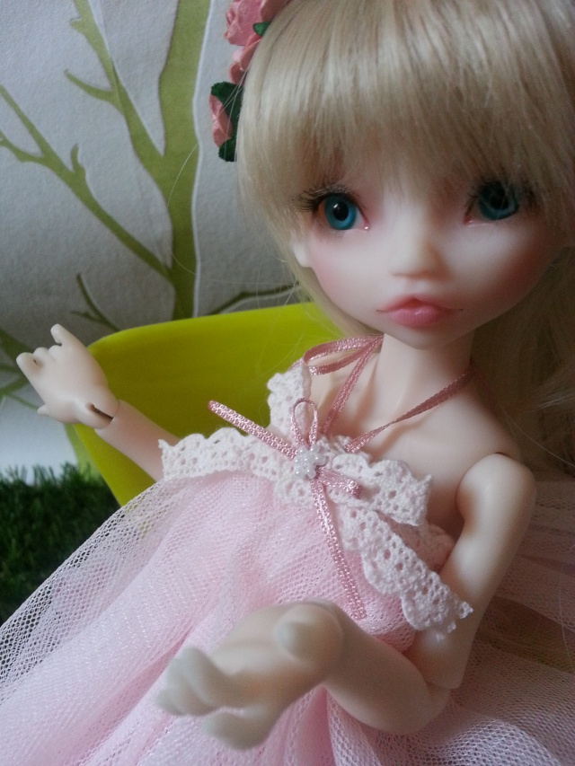 Blue eyes p.2 [Rhubarbe et Raspberry - Nobles Dolls] Emily_28