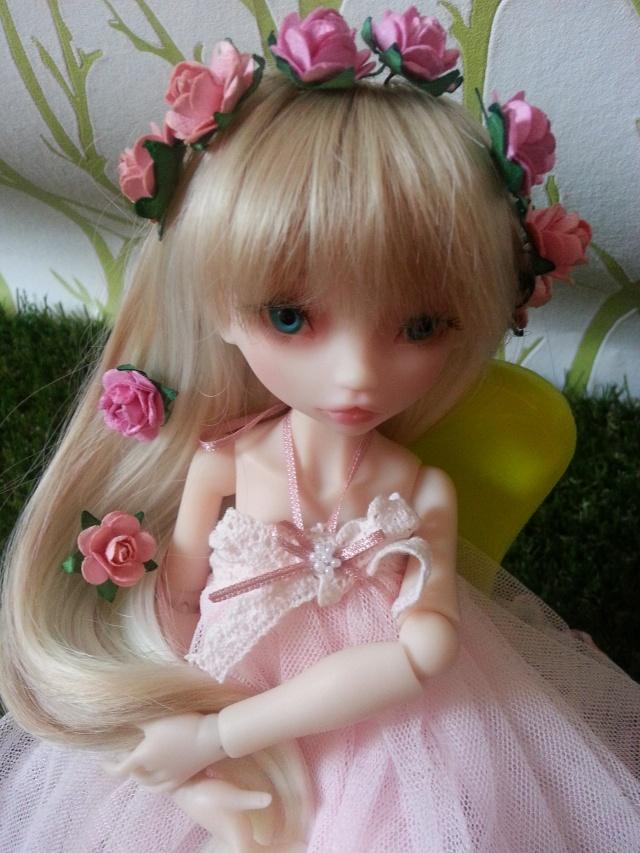 Blue eyes p.2 [Rhubarbe et Raspberry - Nobles Dolls] Emily_29