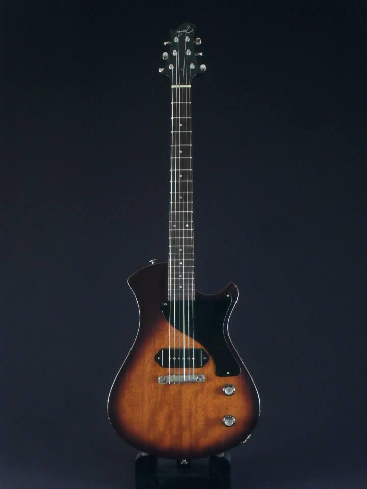 [LUTHIER] Springer Guitars - Page 5 10523811