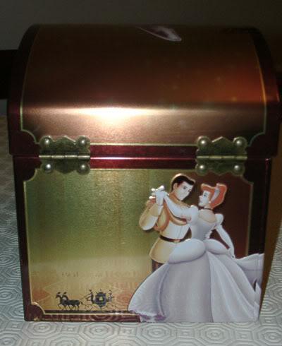 Je cherche un coffret Disney japonais Disney12