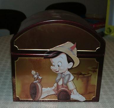 Je cherche un coffret Disney japonais Disney13