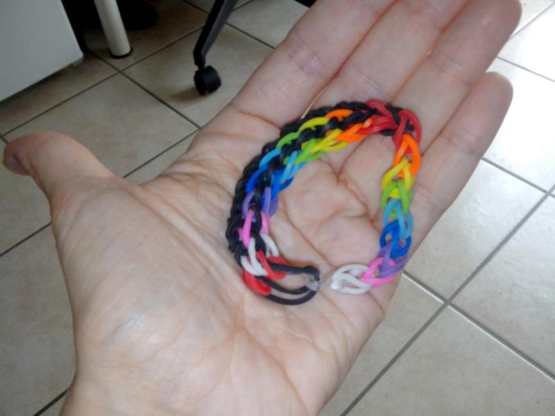 bracelets en élastiques - Page 2 Img_2373
