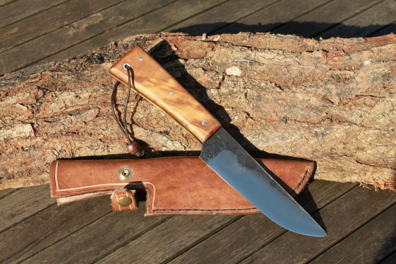 Echange arc contre couteau, une belle rencontre Img_6015