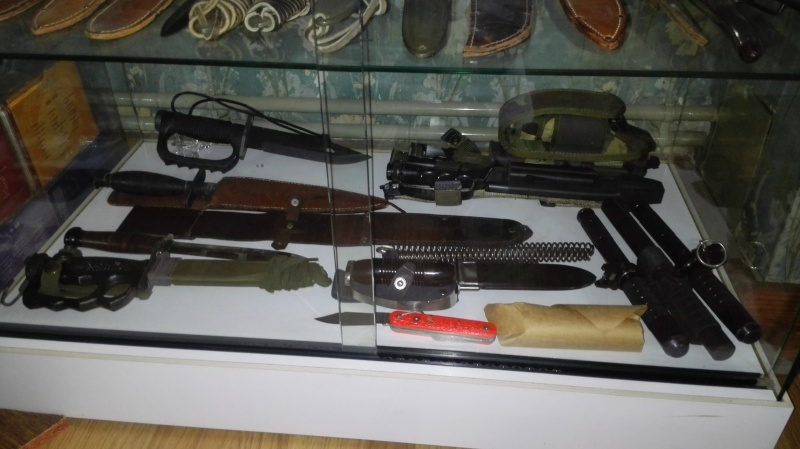 COLLECTION ARMES BLANCHES WW1 /WW2 et Vietnam Img_2025