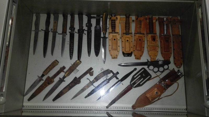 COLLECTION ARMES BLANCHES WW1 /WW2 et Vietnam Img_2026