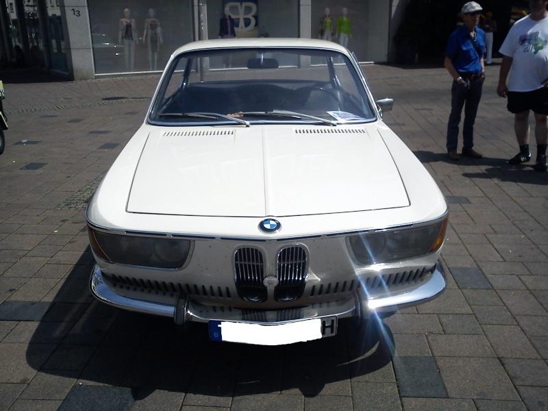 BMW 2000 CS Dsc00213