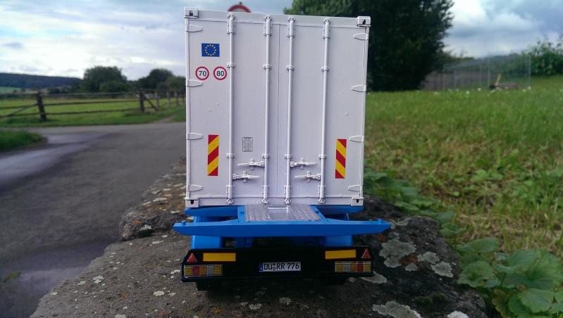 Italeri 20'-Container-Trailer Imag0010