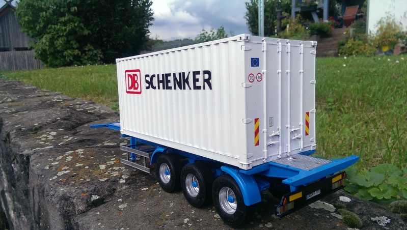 Italeri 20'-Container-Trailer Imag0011