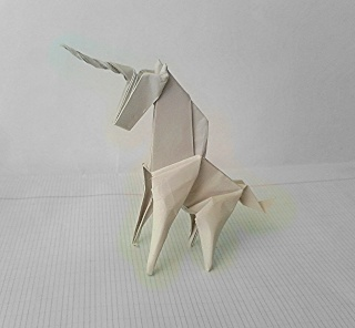 Origami !  bitch... Img_2012