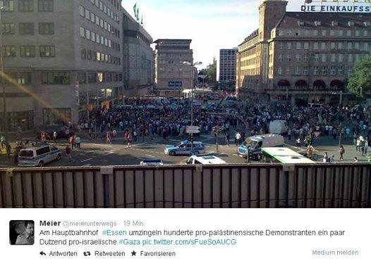 Friedliche Demonstration wird gestört- Synagoge in Essen soll gestürmt werden 10534710